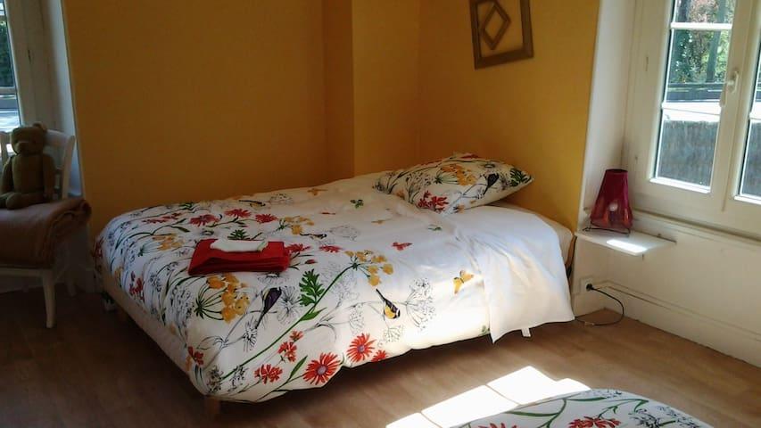 La chambre, second lit