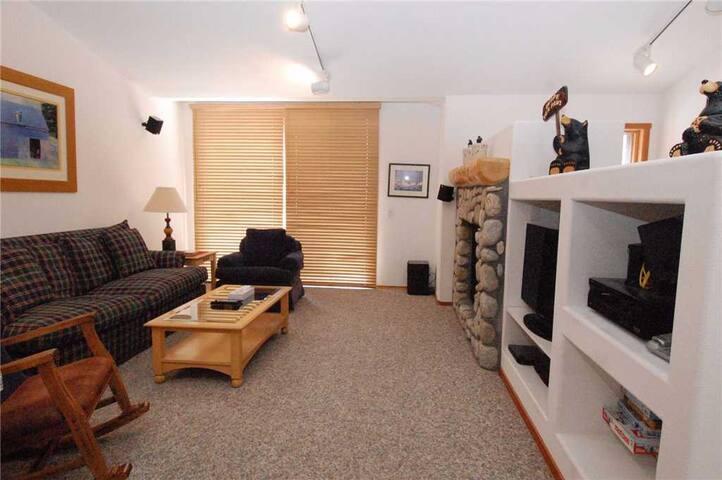 Snowcreek Resort, #962 Fairway Circle, BTC 4652