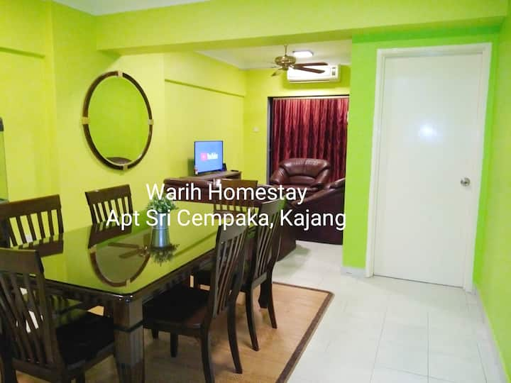 Warih Homestay Sri Cempaka Kajang - Wifi, 10pax
