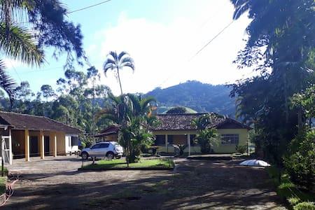 Casa/sítio na serra em  Bom Jardim/RJ