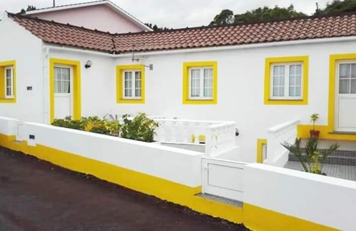 Apartment with 2 bedrooms in Lajes Do Pico, with wonderful sea view and terrace