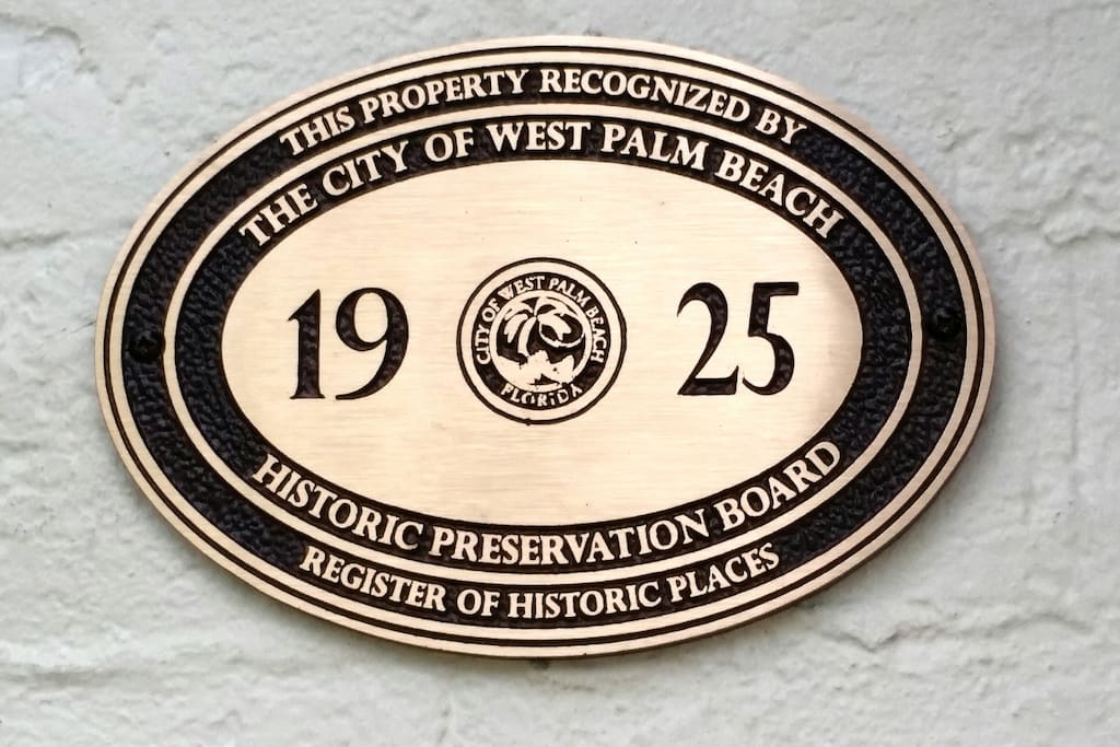 1925 Official Recognized Historic Home