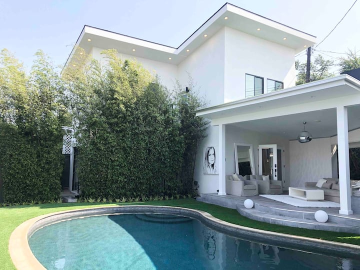 LUXURY Brand New Construction Guest House & Pool !