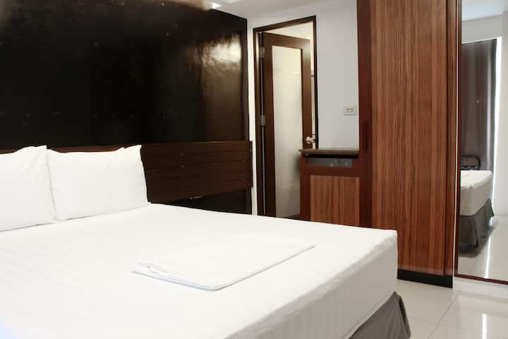 Affordable City Hotel CTS#912