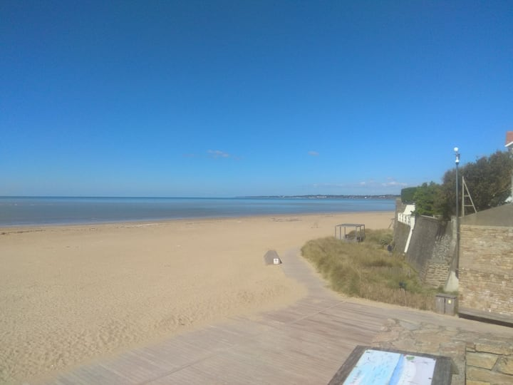 Appartement  les pieds dans le sable,  vue mer !