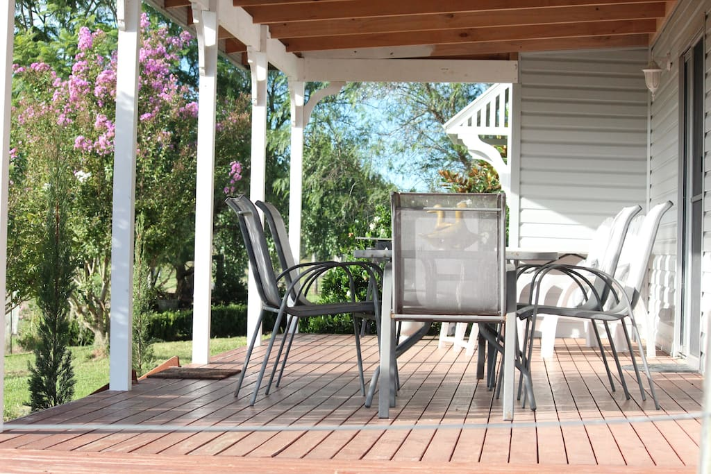 Great outdoor entertaining area with BBQ