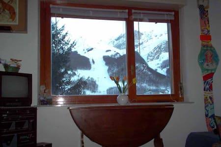 SULLE PISTE SKI DI LIMONE A QUOTA 1400 - Limone Piemonte - Wohnung