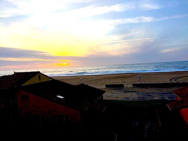terrasse: Coucher de soleil d'hiver