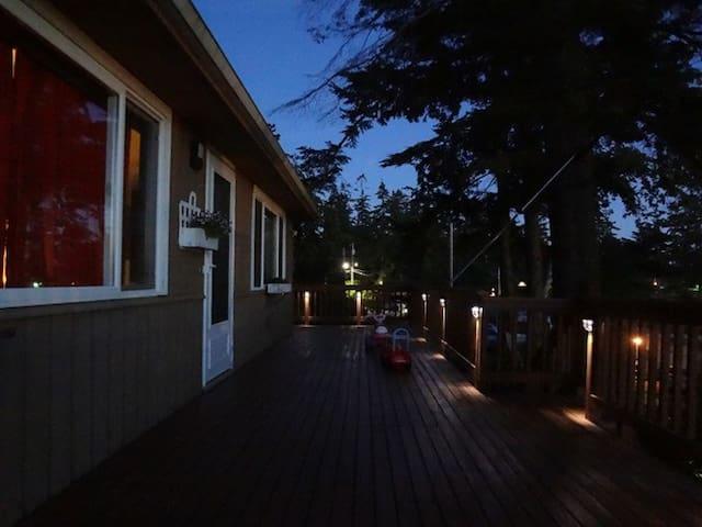 Seattle Dream Hostel (single beds)