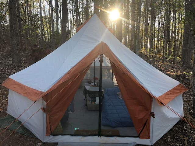 Camp Moonshine- yurt style tent near Lake Lanier