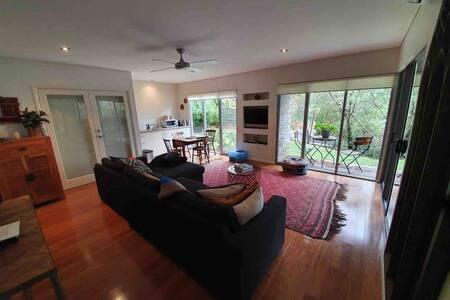 Yallingup Caves Ridge apartment