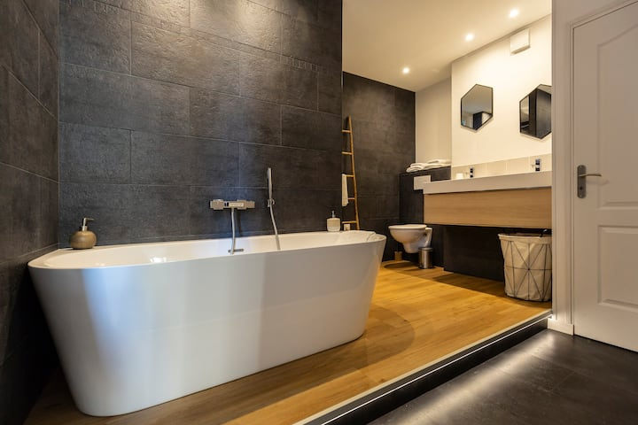 La Suite. Double douche + Bain  - Netflix - centre