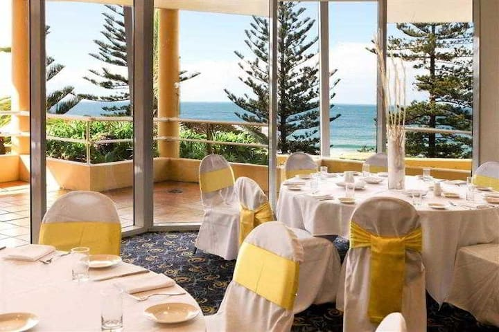 Gratifying Suite Beach Front At Wollongong