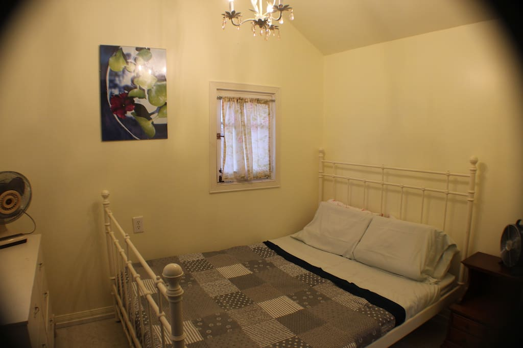 LARGE QUEEN SIZE PRIVATE SUITE WITH A RIVER VIEW