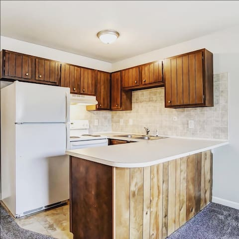 *Entire Newly Renovated Apartment at Green Valley*