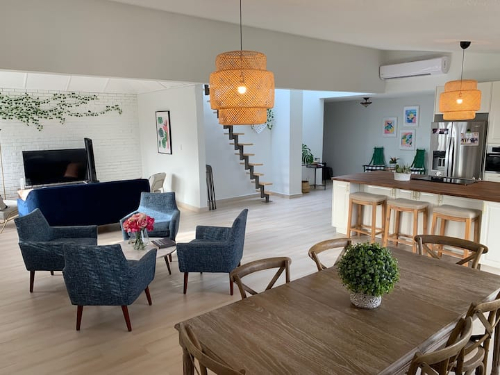 Attractive and safe Penthouse in Isla Verde