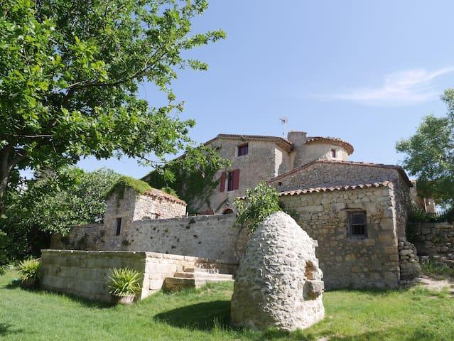 Studio voûte dans ferme templière avec piscine - Baudinard-sur-Verdon - Haus