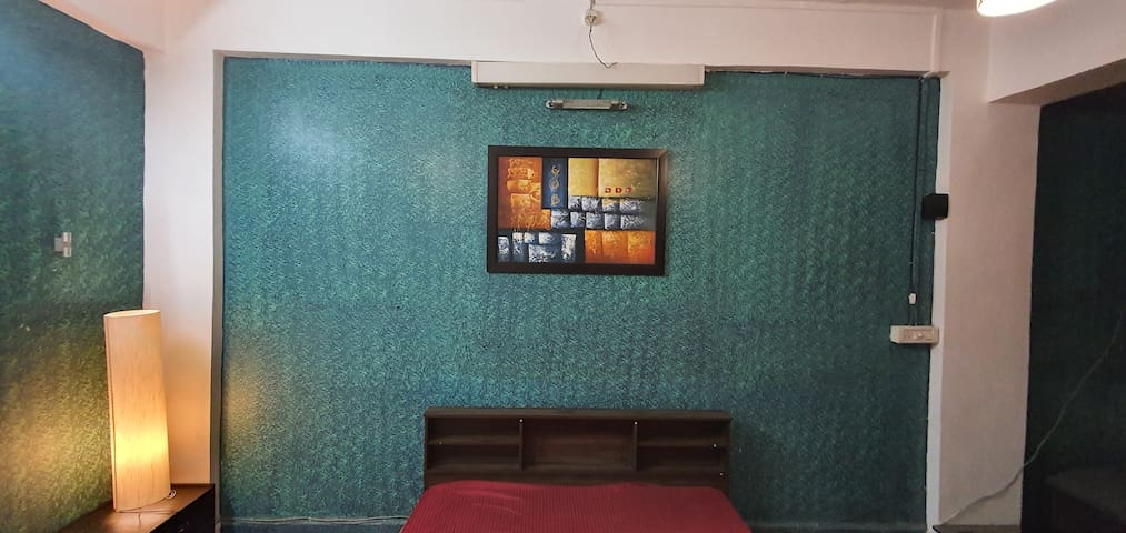 A large private room in Khar Bandra West