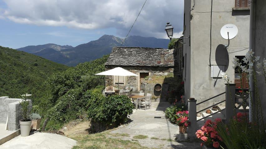 Maison de hameau en Haute Corse - Castello-di-Rostino - Casa
