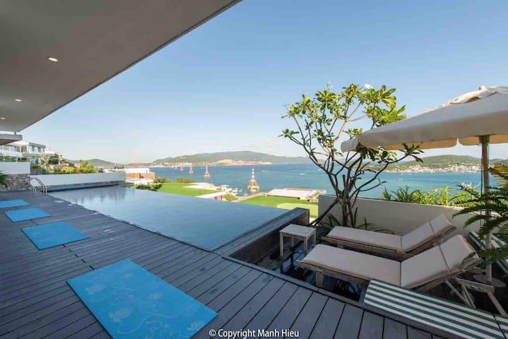 Ocean view -Swimming pool villa