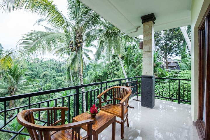 2 bed rooms villa with jungle view near ubud - Tegallalang - Apartamento