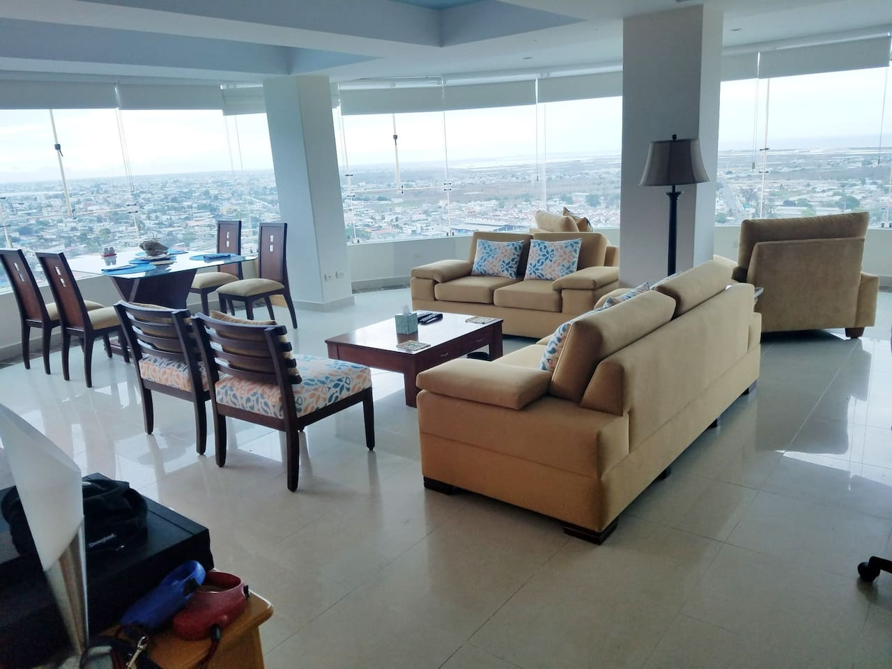 living area with spectacular views