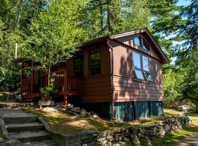 Larch Cabin - Lakeside at Vintage Vermilion Resort