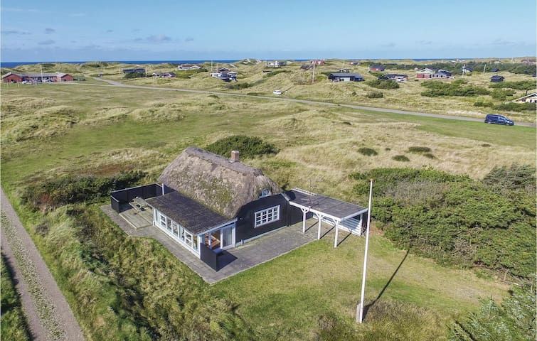 Holiday cottage with 4 bedrooms on 108 m² in Ringkøbing