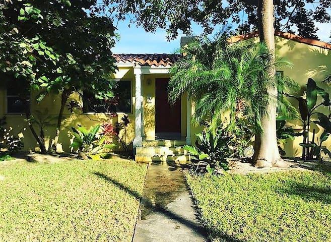 Casa Castillo - Miami Shores - Casa