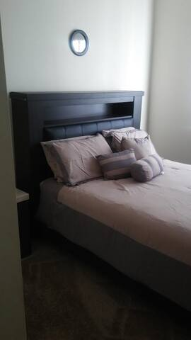 Inexpensive cozy room near airport, beach, & shops - Plantation - Lägenhet