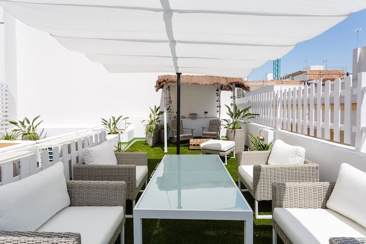 Cadiz  Beachhouse with roofterrace