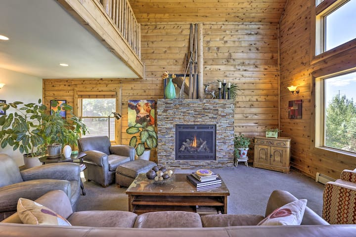 NEW! Dog-Friendly Home 3 Miles to Steamboat Resort