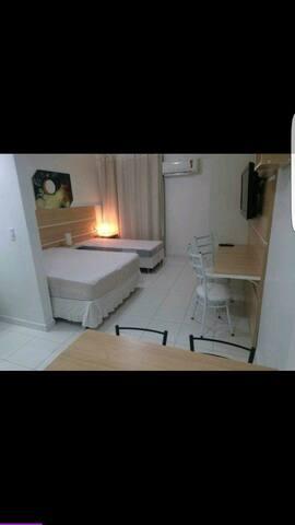 Flat novissimo com Clube completo - Caldas Novas - Apartamento