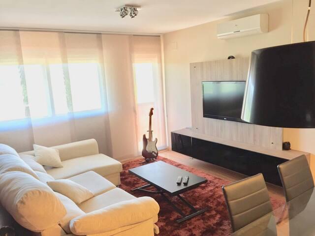 Jerez Mat- Wifi + Aire Acondicionado + Piscina