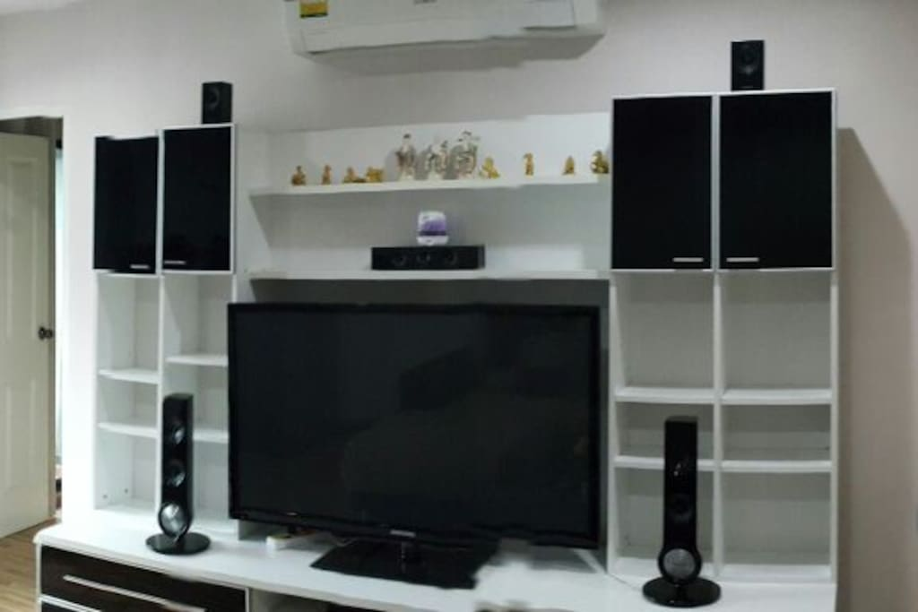 "TV 52"" With home theater"
