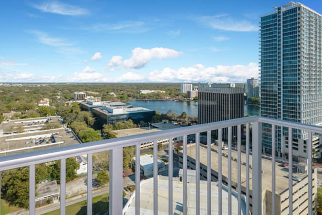 Spectacular views of downtown Orlando and Lake Eola!
