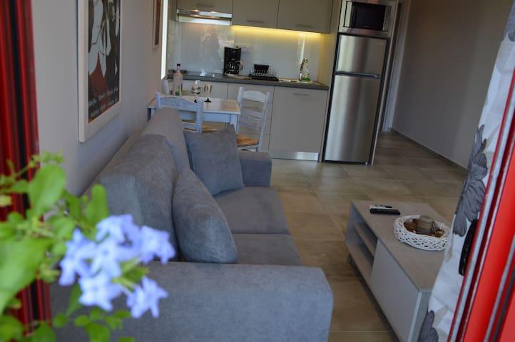 """Portokali"" House"