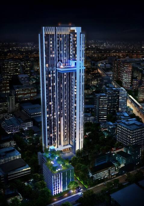 Luxury Condo 35 floors