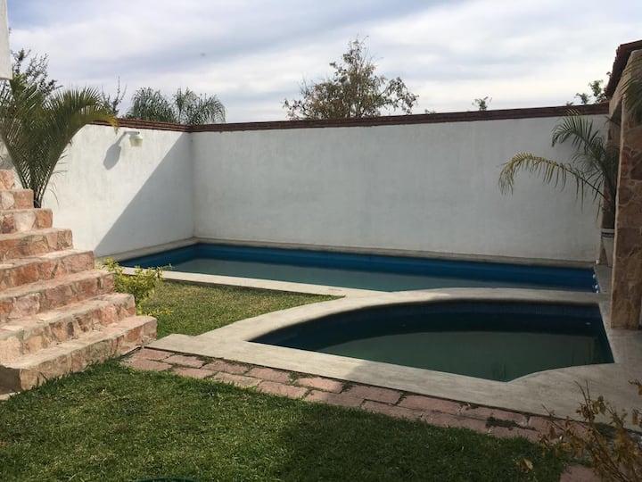 Casa Grande con alberca en Yautepec Morelos
