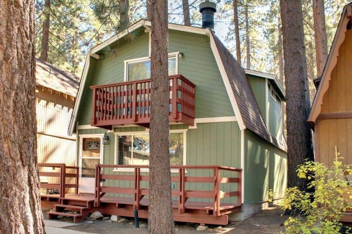Nestle Between Two Ski Resorts - The Bear's Cabin