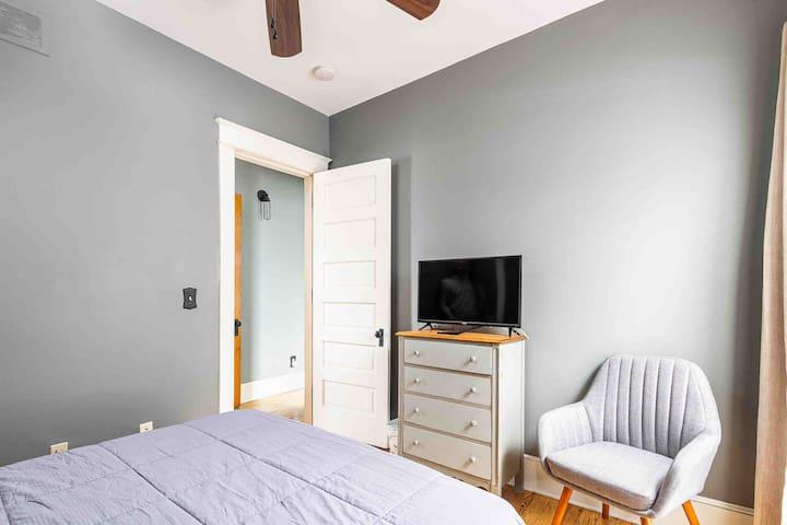 Bedroom 1:  First floor, 1 queen bed, 1 smart TV.