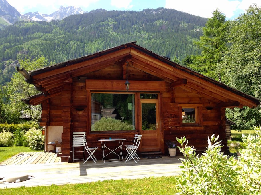 petit chalet aux bois chalets for rent in chamonix france. Black Bedroom Furniture Sets. Home Design Ideas