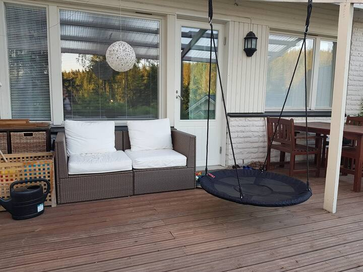 Family friendly 2 bedroom apartment with sauna