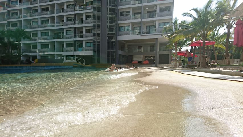 1-bedroom wave pool Laguna Jomtien
