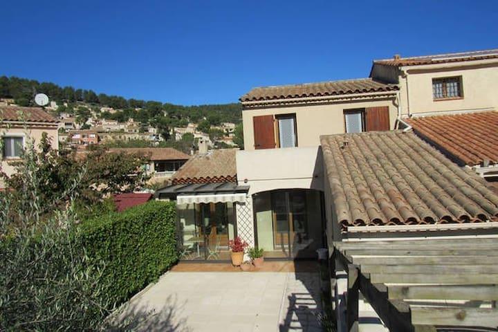 Villa de 90m² climatisée - Carnoux-en-Provence - Dom