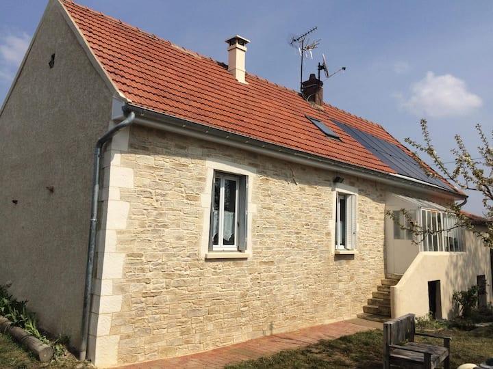 Grande maison a la campagne.