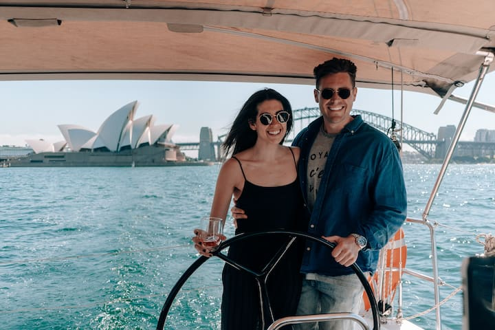 Romantic BnB & Sail on a Yacht in Sydney Harbour