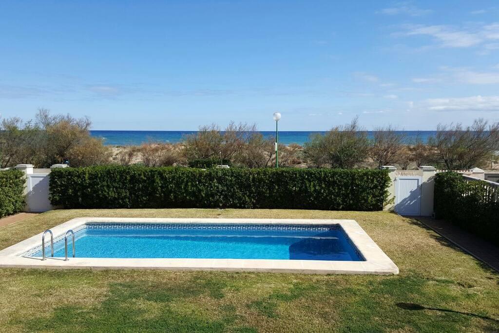 Bonito apartamento en primera l nea de la playa apartamentos en alquiler en oliva comunidad - Alquiler de apartamentos en oliva playa ...