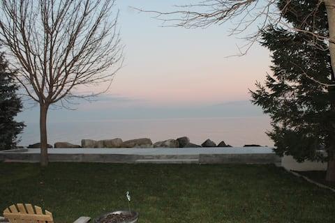 Lakefront Getaway
