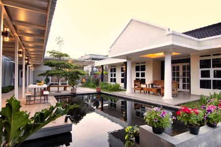Silver Oak Family Guest House Ciwidey